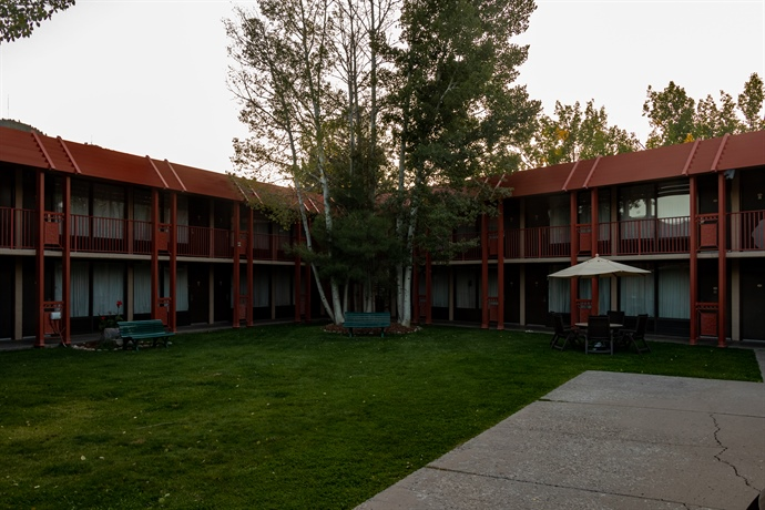 In a hotel down by the river: COVID-19 requires new housing accommodations at Fort Lewis College